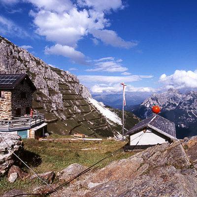 schronisko w Alpach