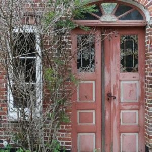 tajemnie drzwi