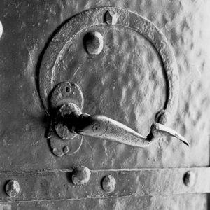 Dziwna klamka w drzwiach by Wojtek