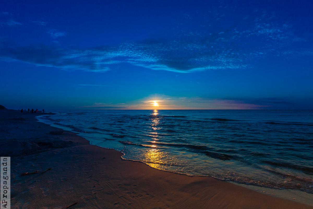 Niebieski zachód słońca nad Bałtykiem, fotografia by Ola